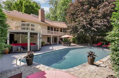 West Hartford Single Family Home For Sale: 40 Ferncliff Drive