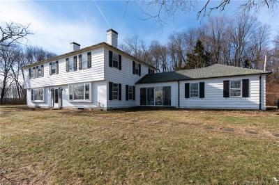 Middlebury Single Family Home For Sale: 321 Artillery Road