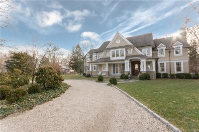 Darien Single Family Home For Sale: 2 Tanglewood Trail