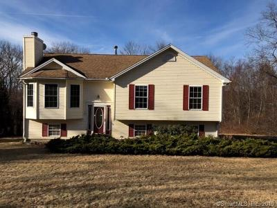 Naugatuck Single Family Home For Sale: 15 Fieldstone Terrace