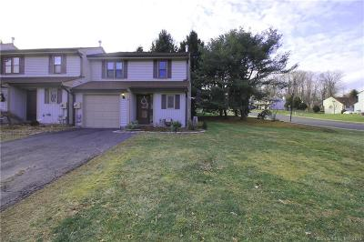 Wethersfield CT Rental For Rent: $1,500