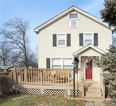 Milford Single Family Home For Sale: 48 Hickory Avenue