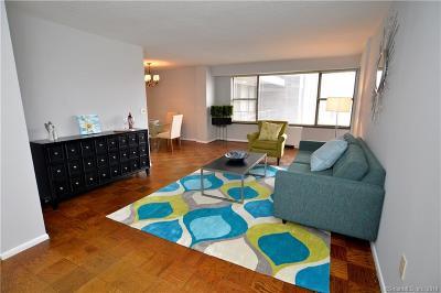 Stamford Condo/Townhouse For Sale: 44 Strawberry Hill Avenue #4A