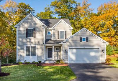 Simsbury Single Family Home For Sale: 24 Carson Way #24