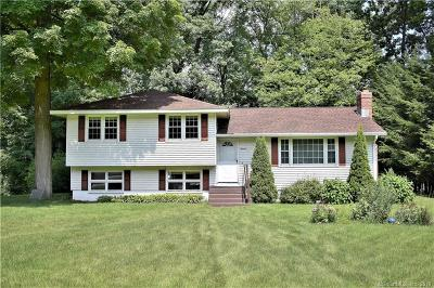 Burlington Single Family Home For Sale: 16 Burlwood Drive
