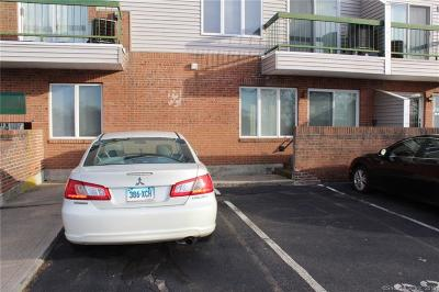 Meriden Condo/Townhouse For Sale: 219 South Broad Street #S101