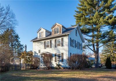 Norwalk Single Family Home For Sale: 11 Chestnut Hill Road