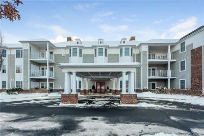West Hartford Condo/Townhouse For Sale: 25 Cassandra Boulevard #312