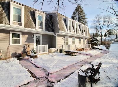New Britain Condo/Townhouse For Sale: 129 Brittany Farms Road #F
