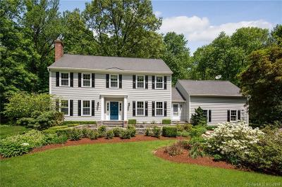 Ridgefield Single Family Home For Sale: 30 Banks Hill Place