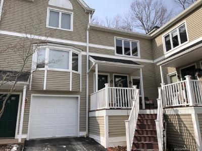 Hamden Condo/Townhouse For Sale: 2838 Whitney Avenue #9