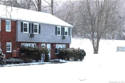 New Milford Condo/Townhouse For Sale: 52 Old Farms Lane #52