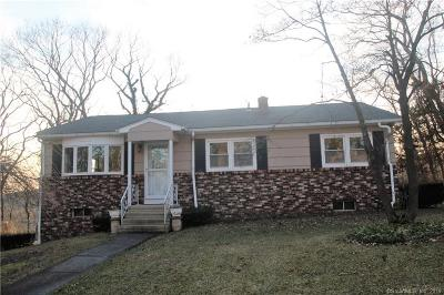 Danbury Single Family Home For Sale: 2 Wondy Way