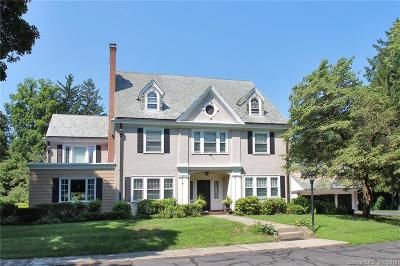 Hartford Single Family Home For Sale: 41 Bloomfield Avenue