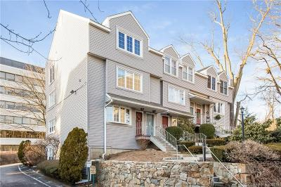 Stamford Condo/Townhouse For Sale: 2700 Bedford Street #T