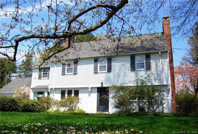 North Haven Single Family Home For Sale: 1 Old Orchard Road