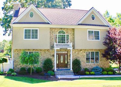 Fairfield Single Family Home For Sale: 27 Old Black Rock Turnpike