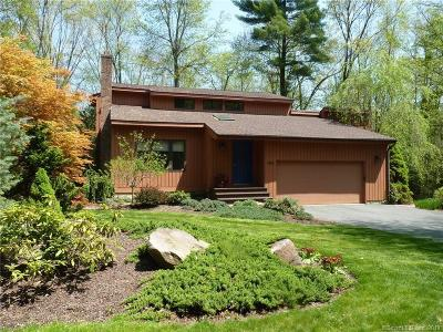 Simsbury Single Family Home For Sale: 100 Old Canal Way
