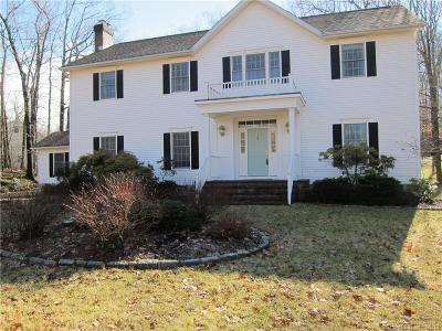 Ridgefield Single Family Home For Sale: 136 Ivy Hill Road