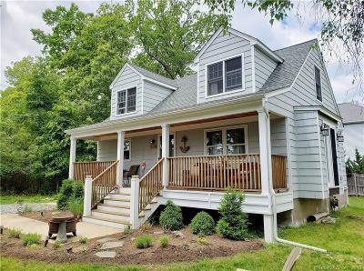 Fairfield Single Family Home For Sale: 370 Veres Street