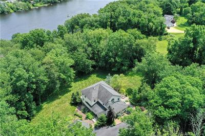 Windham County Single Family Home For Sale: 158 West Quasset Road