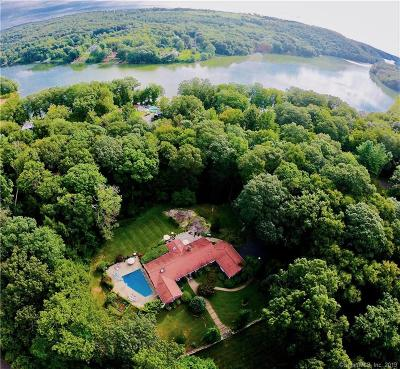 Brookfield Single Family Home For Sale: 17 Hidden Brook Drive