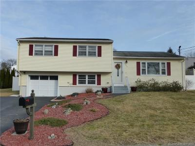 Waterbury Single Family Home For Sale: 145 Hickory Hill Drive