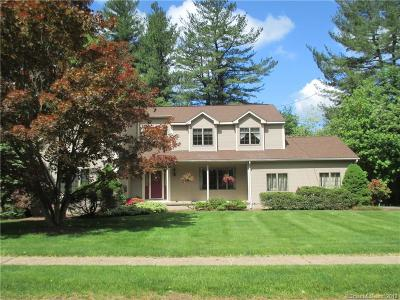Southington Single Family Home For Sale: 10 Roxbury Road