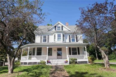 Plymouth Single Family Home For Sale: 18 Haase Avenue