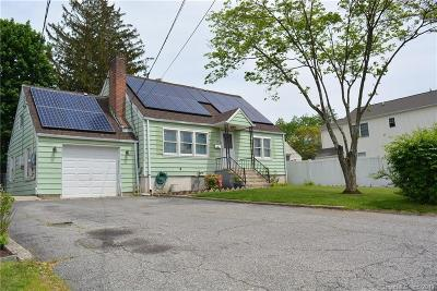 Norwalk CT Single Family Home For Sale: $409,000