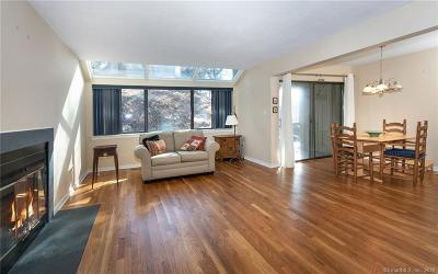 Westport Condo/Townhouse For Sale: 15 Whitney Glen #15