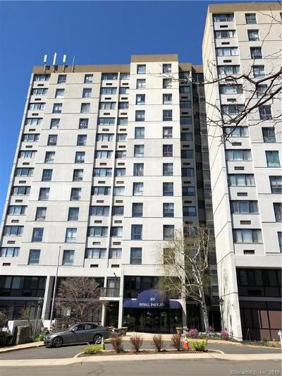 Stamford Condo/Townhouse For Sale: 60 Strawberry Hill Avenue #715