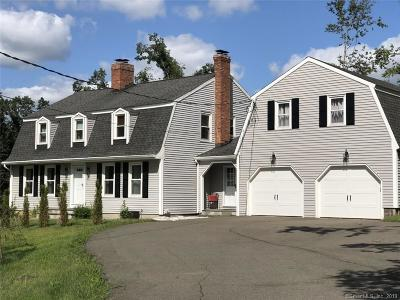 North Haven Single Family Home For Sale: 68 Mountain Brook Road