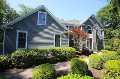 Brookfield Single Family Home For Sale: 27 Obtuse Rocks Road