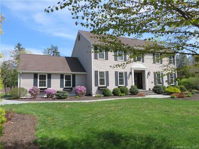 Cheshire Single Family Home For Sale: 39 South Pond Circle