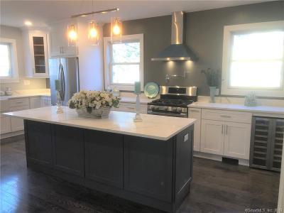 Norwalk Single Family Home For Sale: 28 Amundsen Street