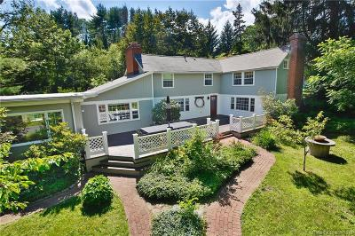 Easton Single Family Home For Sale: 16 Brookside Drive