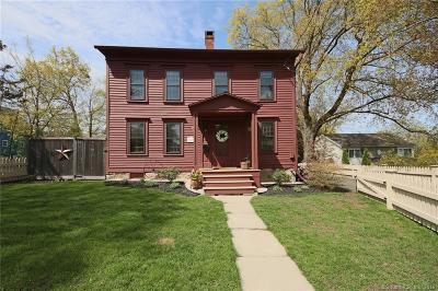 Ridgefield Single Family Home For Sale: 36 Abbott Avenue