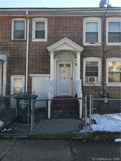 Bridgeport CT Single Family Home For Sale: $150,000