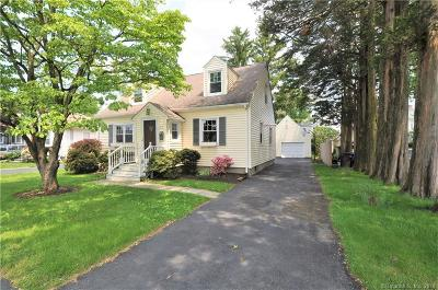Fairfield CT Single Family Home For Sale: $550,000