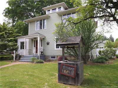 Fairfield Single Family Home For Sale: 236 Fairfield Woods Road