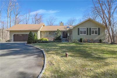 Stamford Single Family Home For Sale: 41 Riding Stable Trail