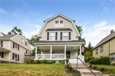 Danbury Single Family Home For Sale: 79 West Wooster Street