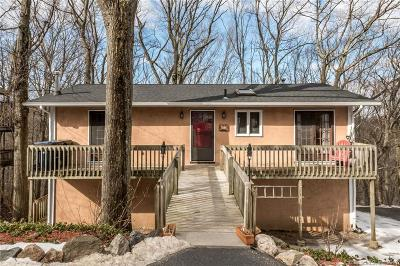 Bethel Single Family Home For Sale: 37 Whippoorwill Road