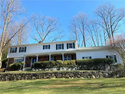 Stamford Single Family Home For Sale: 54 Blue Rock Drive