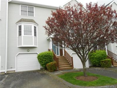 Wallingford CT Condo/Townhouse For Sale: $249,900