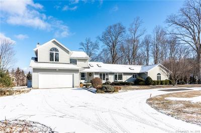 Southbury Single Family Home For Sale: 50 Winterwood Drive