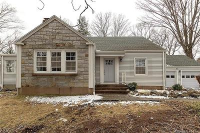 Hamden Single Family Home For Sale: 81 High Meadow Road