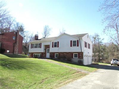 Torrington Single Family Home For Sale: 68 Wedgewood Drive