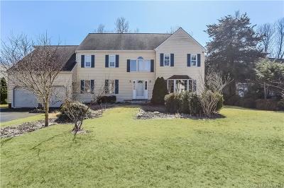Norwalk Single Family Home For Sale: 6 Jayne Way